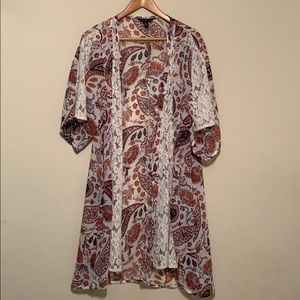 American Eagle Paisley Lace Inlet Kimono Size S